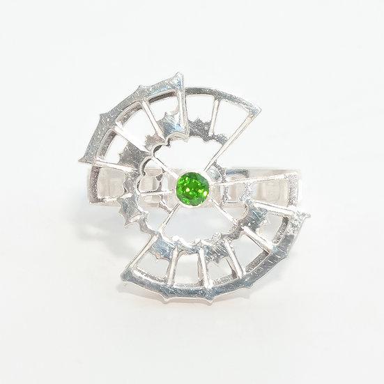 Chrome Diopside kinetic orbital ring, geometric Hand engraved saw pierced Tom Asquith Jewellery