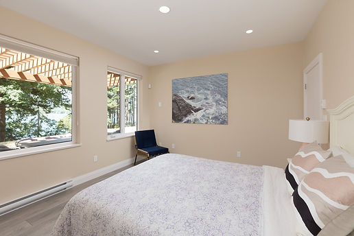 bedroom2-2.jpg
