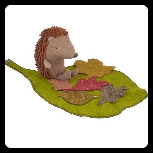 Maileg Lityle Hedgehog with Leaf