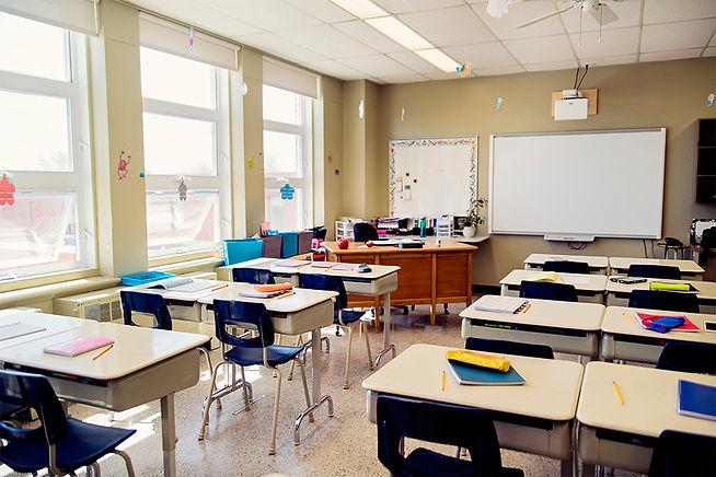 new-teacher-classroom-setup.jpg