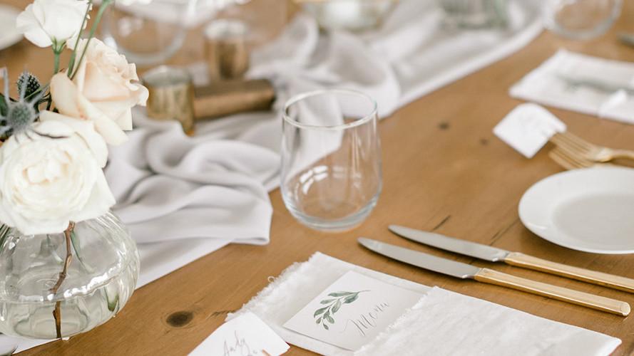 K+M Table Setting