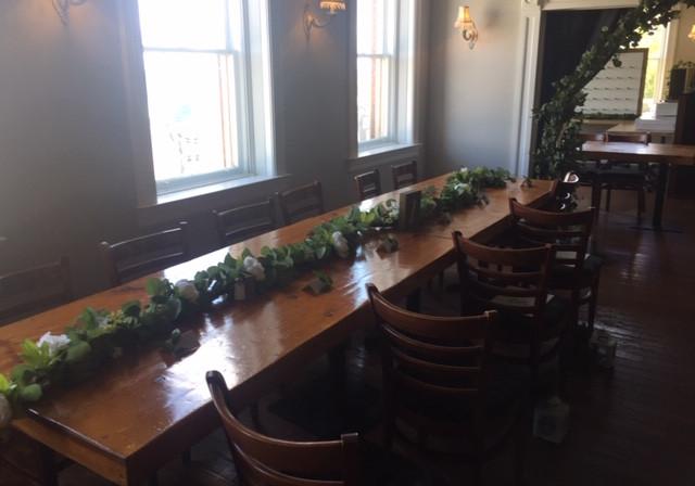 A&C_ Head Table Garlands