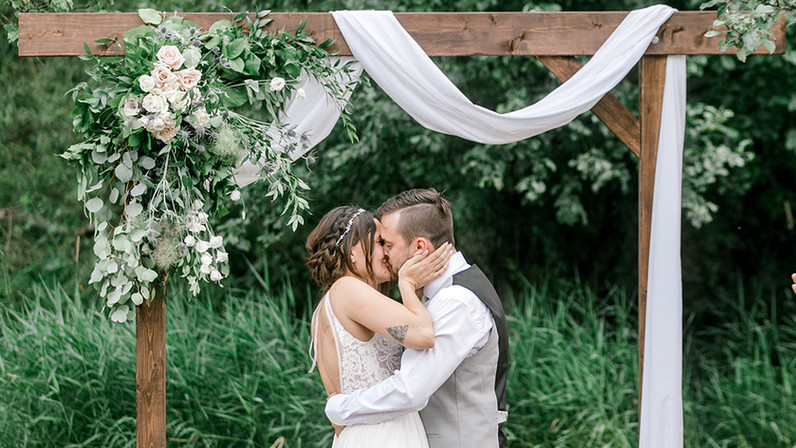 K+M Kiss the Bride