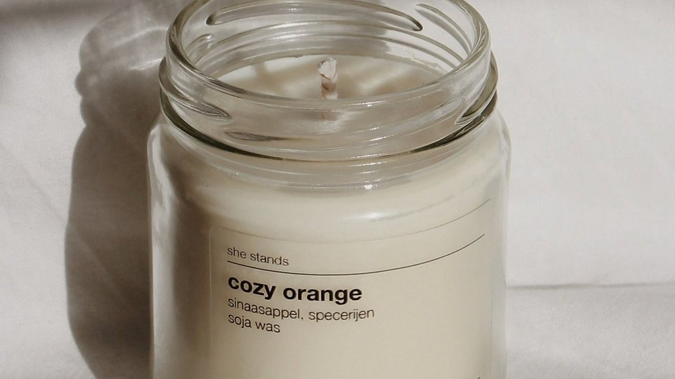 Cozy Orange - Handgegoten Geurkaars (Wit)