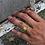 Thumbnail: Clôture et bague Cuff en or