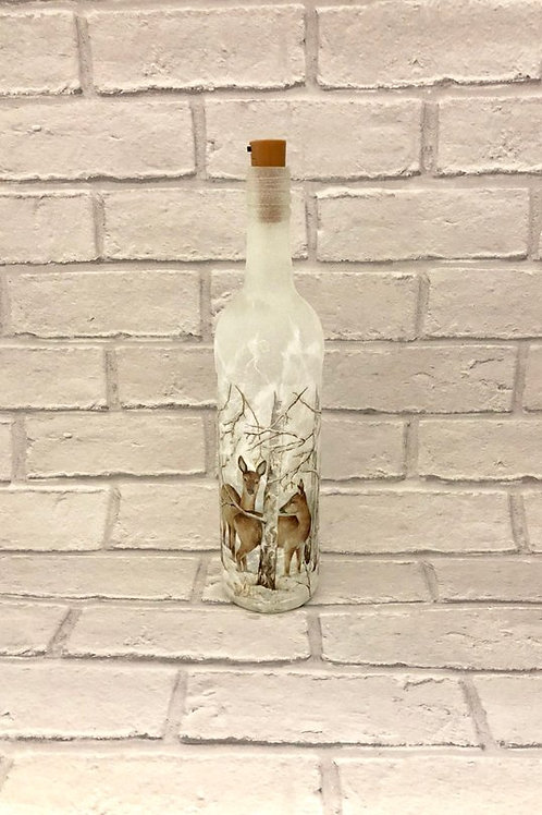 FESTIVE FROSTED DEER LIGHT UP BOTTLE