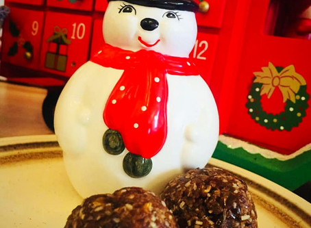 Christmas spiced date bombs