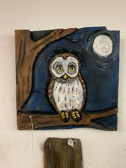 "18""x18"" Owl  wall hanger"
