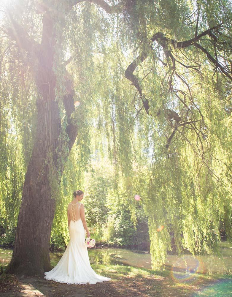 bride under willow