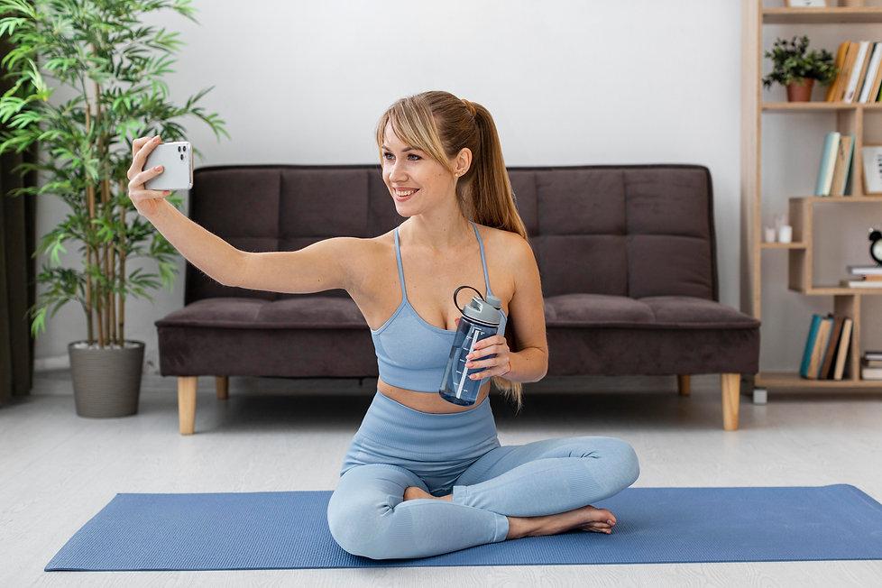 portrait-woman-training-at-home.jpg
