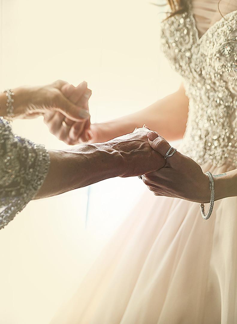 0001_holding hands.jpg