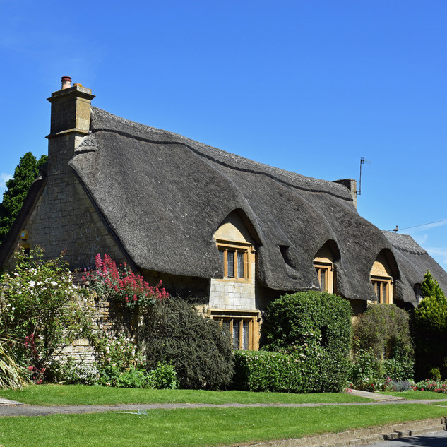 Thatched Cottages in Westington.jpg