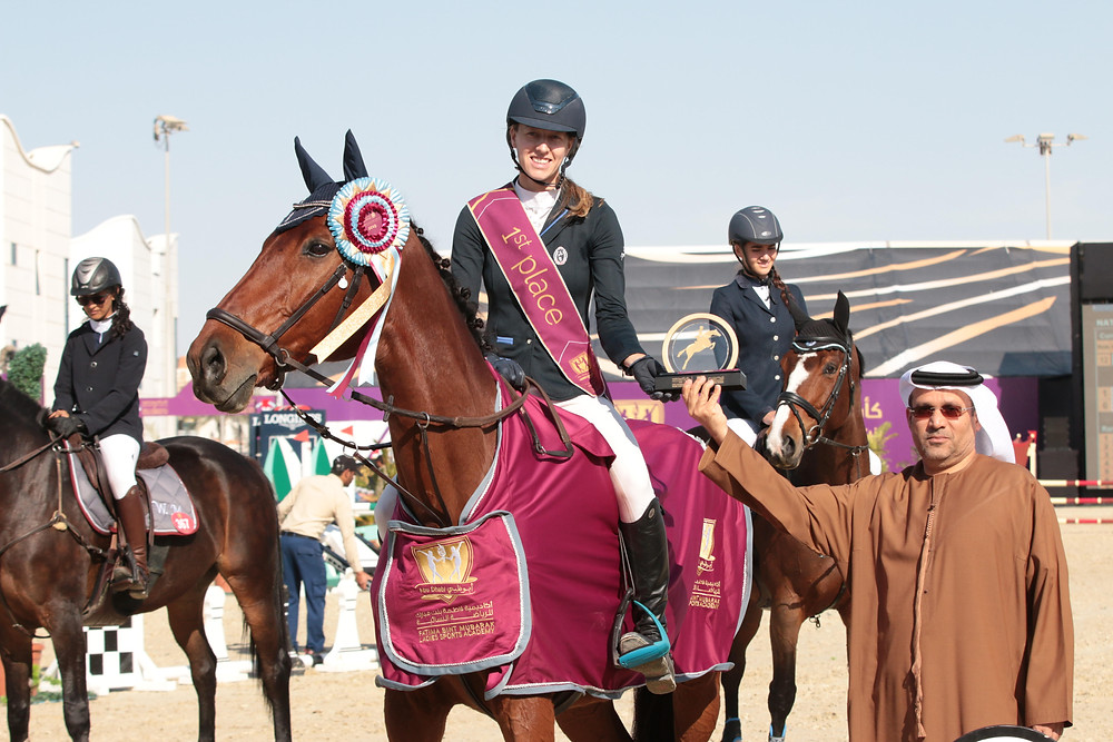 horse riding, horse competition, barefoot horse, international competition, holly coward,