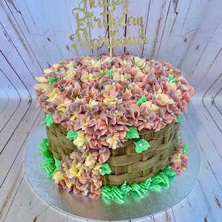 Mariama's Basket Cake