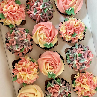 Chocolate Floral Cupcakes
