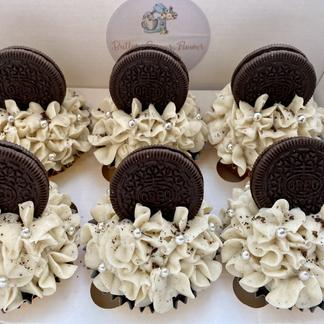 Decadent Oreo Cupcakes
