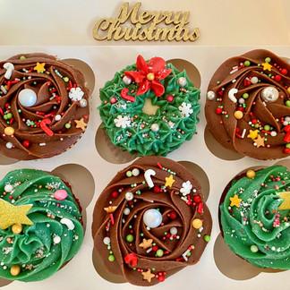 Chocolate and Christmas Cupcakes