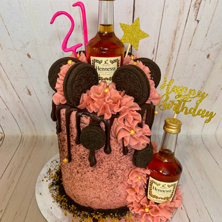 Pink Hennessy Oreo Cake - you must provide the bottles
