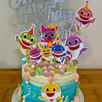 Quinn's Baby Shark Cake