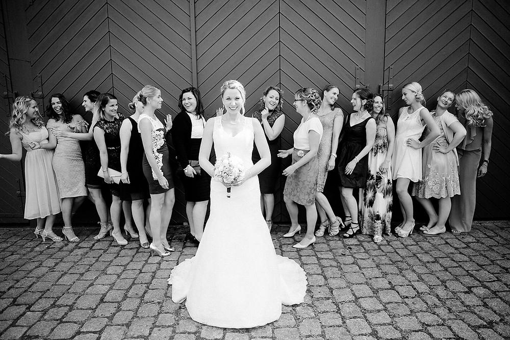 Braut und Brautjungfern Frau Vau Hochzeitsfotografie
