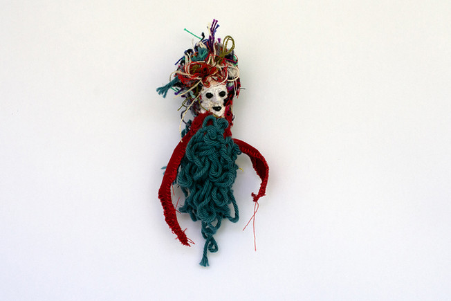 Threads, Curl Brooch