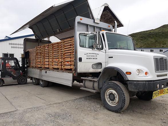 wing_truck_w_fork_lift_20190604_143158.j