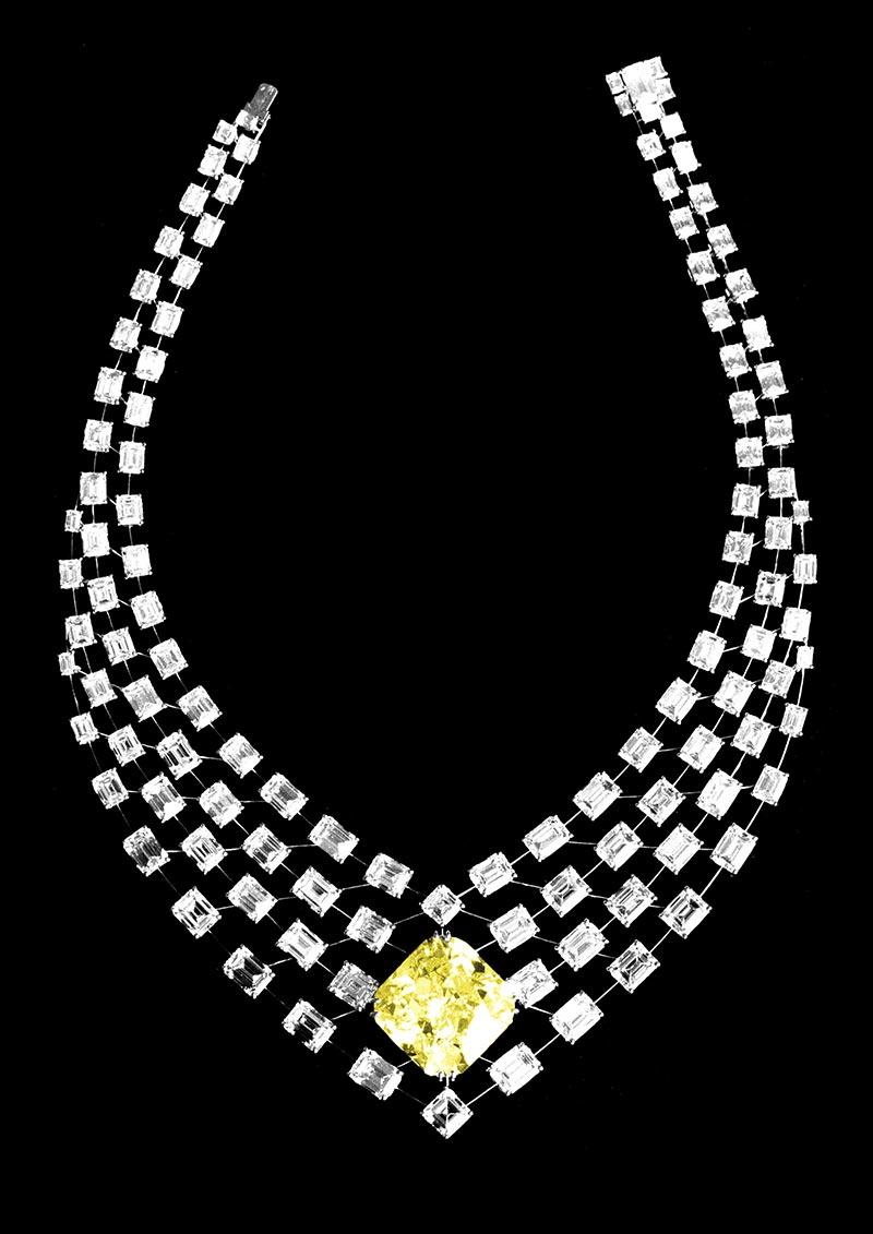 Collier diamant jaune 80 carats