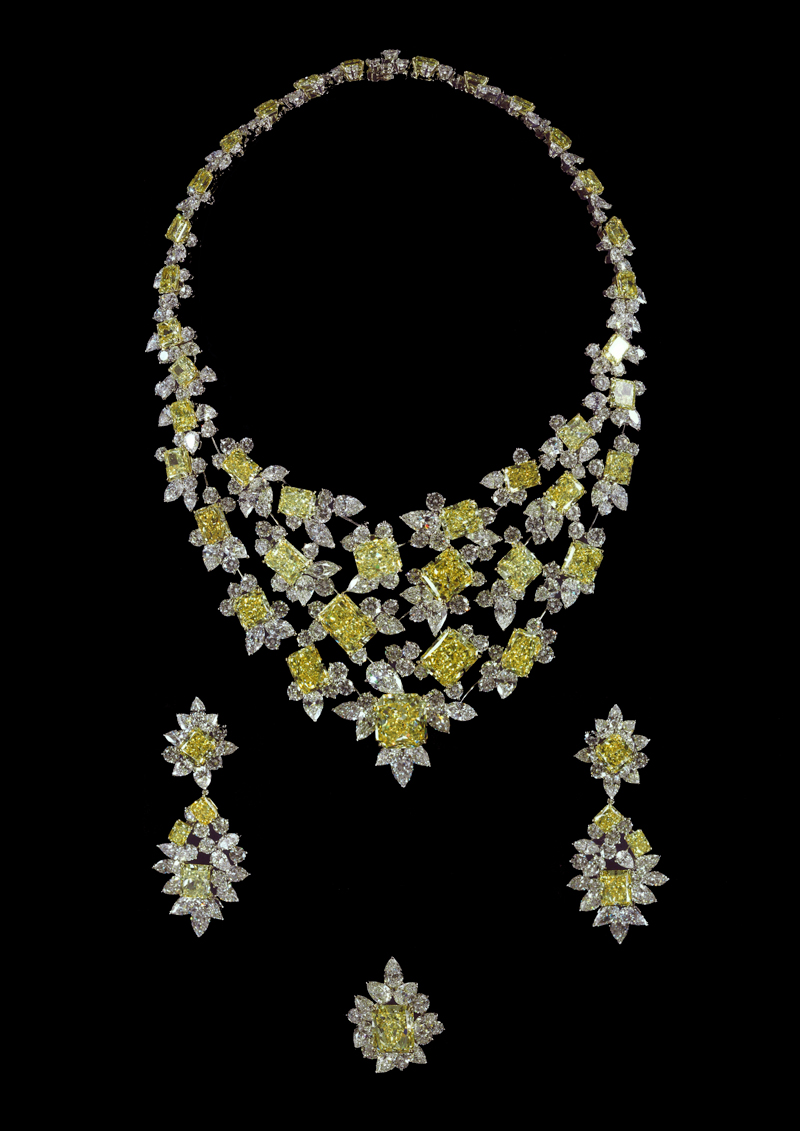 Collier en diamants jaunes radiants