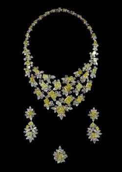 Collier en diamants jaunes radiants