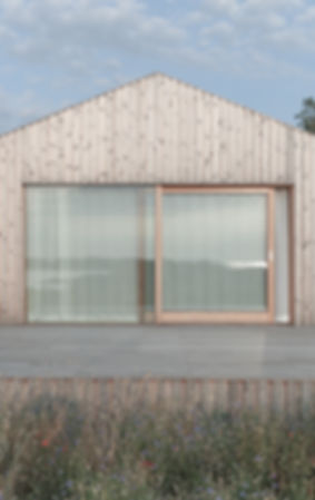 Exterior 5.jpg