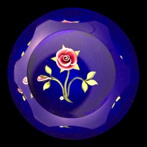 JP_paperweight_6_museum.png