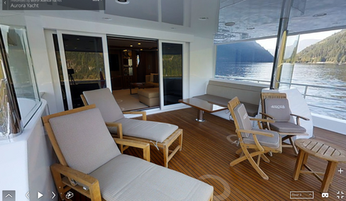 Aurora - Yacht Club