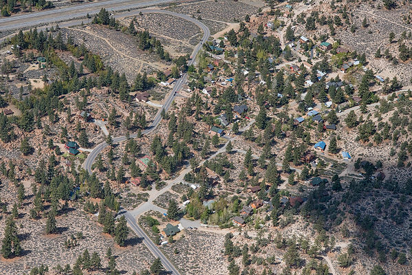 sunny_slopes_aerial_825.jpg