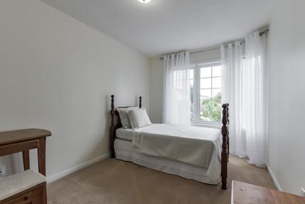 178 Mainprize Cresent - Second Bedroom.j
