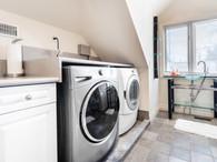 117 Highland Cres - Laundry