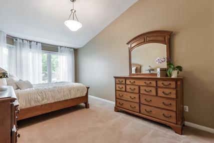 178 Mainprize Cresent - Master Bedroom.j