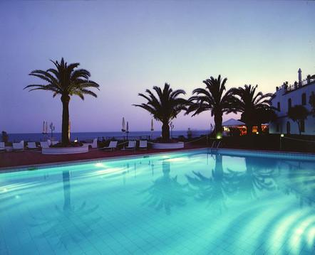 grand-hotel-baia-verde-piscina-2jpg