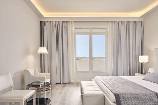 junior-suite-sea-view-4jpg