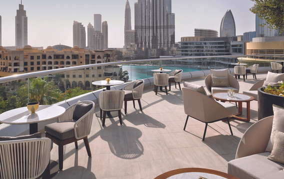 adh_addth_facilities_club-lounge-terrace_ambient_hr_01-copy.jpg
