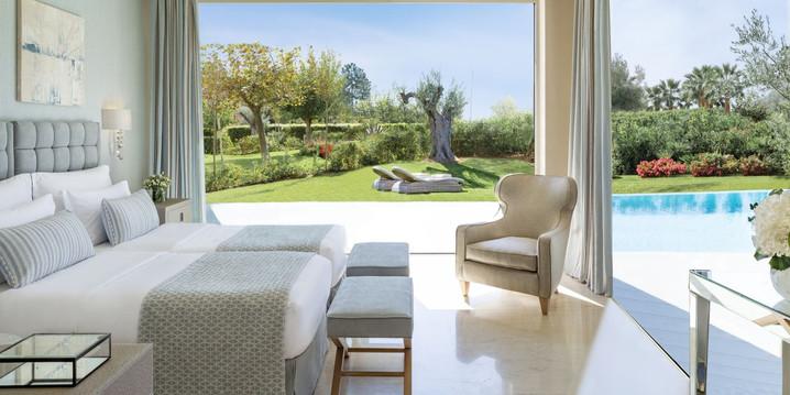 porto-sani-_-three-bedroom-family-suite-private-pool_1500x750-2jpg