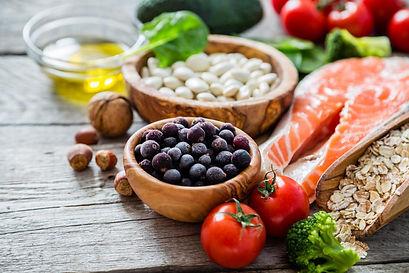 balanced-diet-healthful-eating.jpg