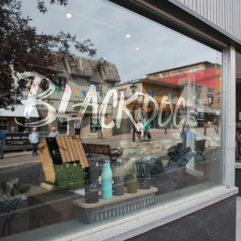 Black Dog Storefront in the Platzl