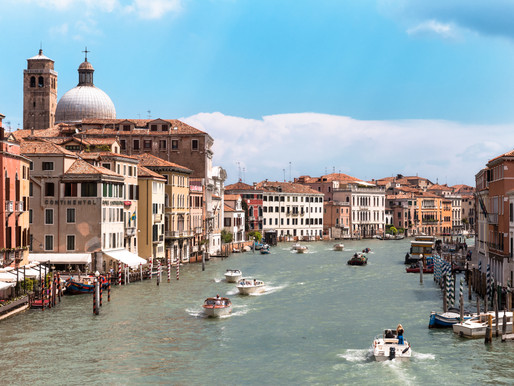 Venice in Pills: How to Enjoy and Respect it.