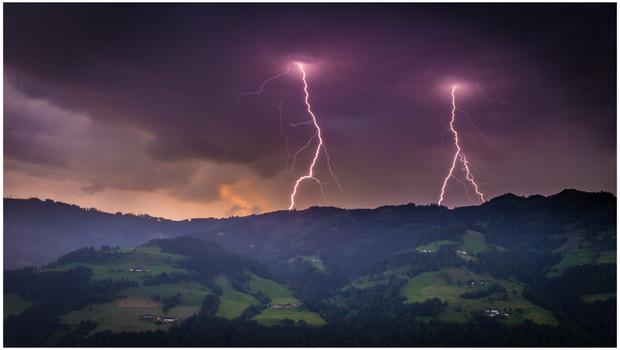 Sankt Johann Double Lightning