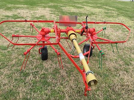 Farm-Maxx Hay Tedder
