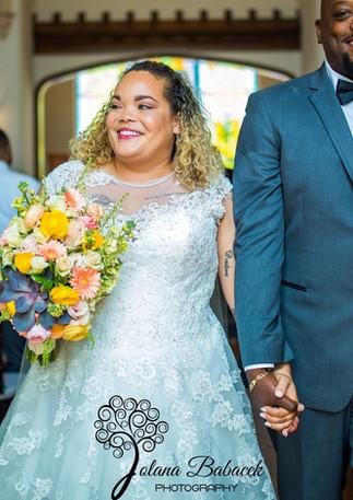 BRIDES BOUQUET OF CORAL BLUSH GOLD RANUNCULUS GERBERA DAISY & SUCCULENT