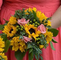 SUNFLOWER AND CORAL ROSE WEDDING FLOWERS