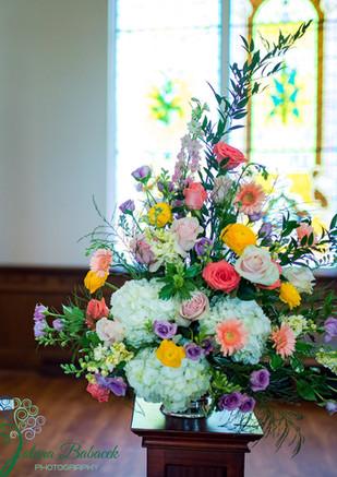 CORAL BLUSH GOLD RANUNCULUS GERBERA DAISY WEDDING ALTER FLOWERS