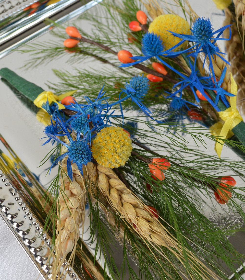 Billy Ball, Wheat, & Sea Holly Boutonniere