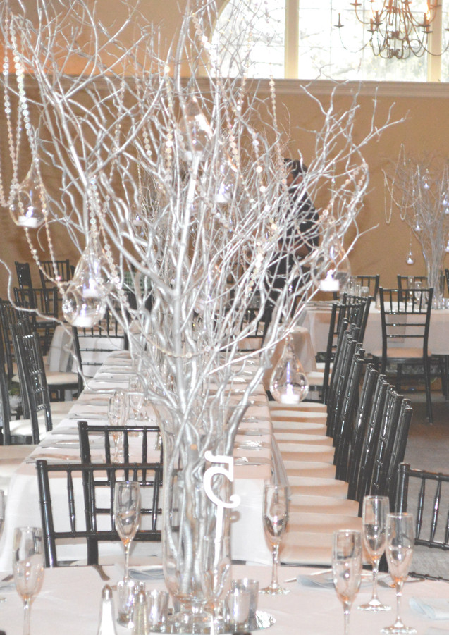 Great Gatsby Wedding Decor